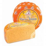 Сыр полутвердый Король Артур со вкусом топленого молока